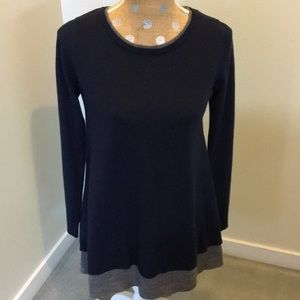Staccato Navy and gray unique longer sweater!